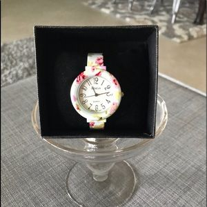 Flowered Watch NWOT